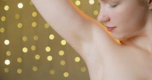 Concept de beauté, d'hygiène, de soins de la peau et de corps banque de vidéos