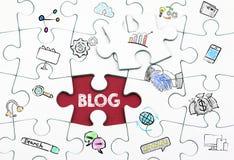 Concept de blog Dernier morceau blanc d'un puzzle photographie stock libre de droits