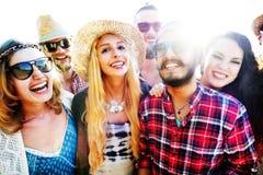 Concept de bonheur de plage d'été de relaxation de liaison d'amitié Image libre de droits