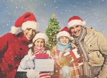 Concept de bonheur de vacances de célébration de Noël de famille Images stock