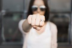Concept de Boxing Conflict Exercise d'athlète de poinçon de poing Image libre de droits