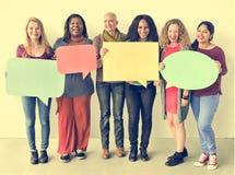 Concept de bulle de la parole de l'espace de copie d'unité d'amitié de filles Image stock