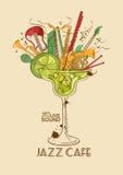 Concept de café de jazz avec des instruments de musique dans un verre de cocktail Photo libre de droits