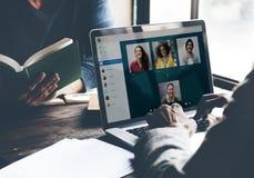 Concept de causerie de communication de Facetime d'appel visuel images libres de droits