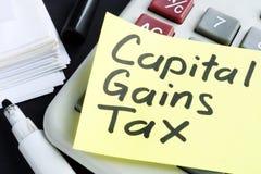 Concept de cgt d'impôt sur la plus-value Documents d'entreprise photo stock