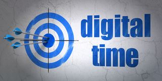 Concept de chronologie : cible et temps de Digital sur le fond de mur Photographie stock