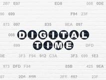 Concept de chronologie : Temps de Digital sur le fond de mur Image libre de droits