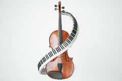 Concept de clés âgé de violon et de piaone rendu 3d Photographie stock libre de droits