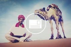 Concept de communication de boîte de réception de message électronique de courrier photos libres de droits