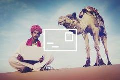 Concept de communication de boîte de réception de message électronique de courrier photos stock