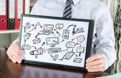 Concept de communication sur un presse-papiers Images libres de droits