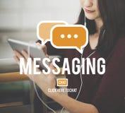 Concept de connexion de mise en réseau de connexion des textes de transmission de messages Photographie stock libre de droits