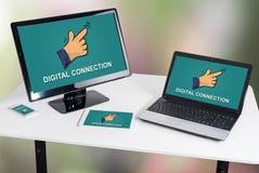 Concept de connexion de Digital sur différents dispositifs image stock