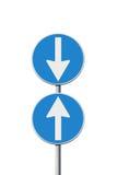 Concept de contradiction avec des panneaux routiers photos libres de droits