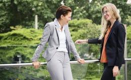 Concept de Corporate Colleagues Talking de femme d'affaires images stock