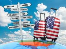 concept de course Valises et poteau indicateur ce qui à visiter aux Etats-Unis Photos stock