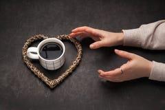 Concept de dépendance au café pendant le matin Photos stock