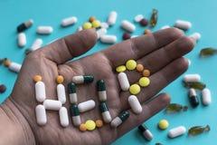 Concept de dépendance de pilule Signe d'aide photos stock
