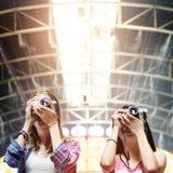 Concept de déplacement de photographie de vacances de repaire d'amitié de filles Image stock