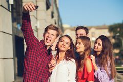 Concept de datation de loisirs de souvenirs d'amitié de Selfie Photos stock