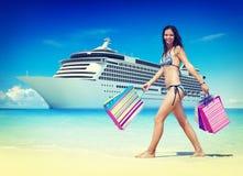 Concept de destination de voyage d'achats de plage d'été Photos stock