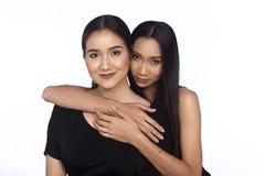 Concept de ethnique ou étroit multi course de meilleurs amis plus jeune Photos stock