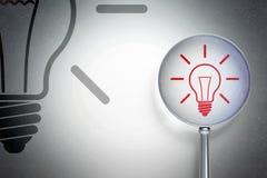 Concept de finances : Ampoule avec le verre optique sur le fond numérique Photographie stock