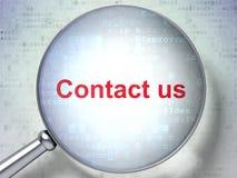 Concept de finances : Contactez-nous avec le verre optique Image libre de droits