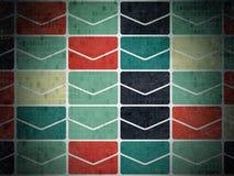 Concept de finances : Icônes d'email sur le papier de Digital Photos libres de droits