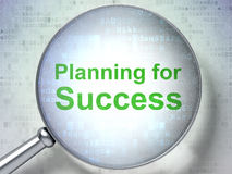 Concept de finances : Planification pour le succès avec le verre optique Image libre de droits