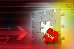 Concept de finances : Risque sur le morceau rouge de puzzle Image stock