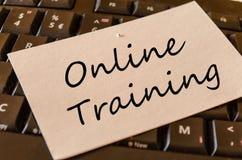 Concept de formation en ligne sur le clavier Photographie stock libre de droits