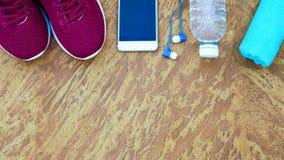 Concept de forme physique, sain et actif de modes de vie, chaussures de sport, bot Photographie stock libre de droits