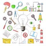 Concept de grande idée sous forme de lampe d'ampoule avec l'obje différent Images stock
