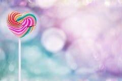 Concept de jour d'amour et de valentines Pres doux de sucrerie de lucette de coeur Images libres de droits