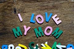 Concept de jour de mères - amour d'I que ma maman textote Images stock