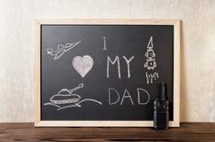 Concept de jour du ` s de père avec amour manuscrit des textes I mon papa, pi Images stock