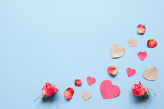 Concept de jour du ` s de Valentine avec la moquerie de fond de coeur  Photo stock