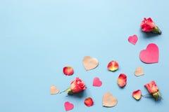 Concept de jour du ` s de Valentine avec la moquerie de fond de coeur  Images libres de droits