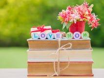 Concept de jour du ` s de mère Alphabet de MAMAN d'AMOUR Photos libres de droits