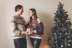 Concept de Joyeux Noël et de bonne année coup élégant de hippie Photo libre de droits