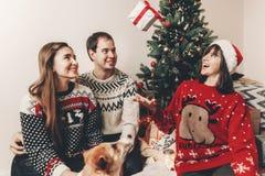 Concept de Joyeux Noël et de bonne année fami élégant de hippie Images libres de droits