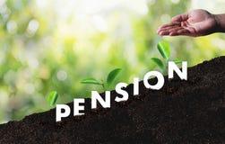 Concept de l'épargne d'argent de pension et retraite et peopl financiers Photographie stock