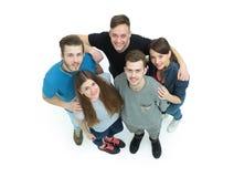 Concept de l'amitié - le groupe d'étudiants se tenant ensemble Image libre de droits