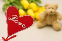 Concept de l'amour et cadeaux pour la femme Photographie stock libre de droits