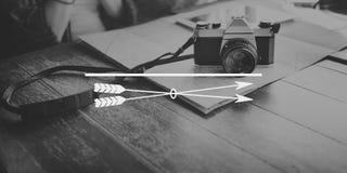 Concept de l'espace de copie de but d'aspirations de cible de but de flèche photo stock