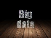 Concept de l'information : Grandes données dans la chambre noire grunge Photos stock