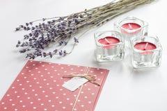 Concept de lettre d'amour de jour du ` s de Valentine sur le fond blanc Photo stock