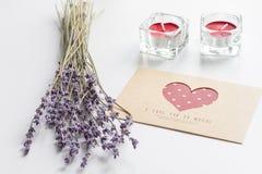 Concept de lettre d'amour de jour du ` s de Valentine sur le fond blanc Images libres de droits