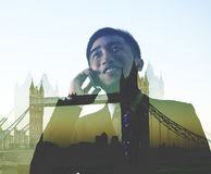 Concept de Londres de voyage d'affaires d'On The Phone d'homme d'affaires photo stock